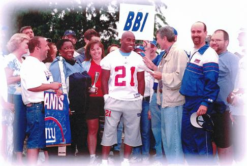 Tiki Barber Receives 2005 BBI Giant of the Year Award
