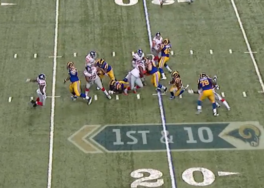 JPP blocked and linebackers and safeties nowhere to be found on 12-yard gain.