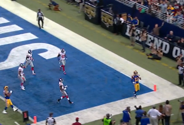 Shaun Hill missed this wide open receiver at end of first half on what should have been a TD.