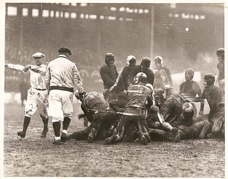 Mud games. Boston-Redskins-at-New-York-Giants-December-6-1936