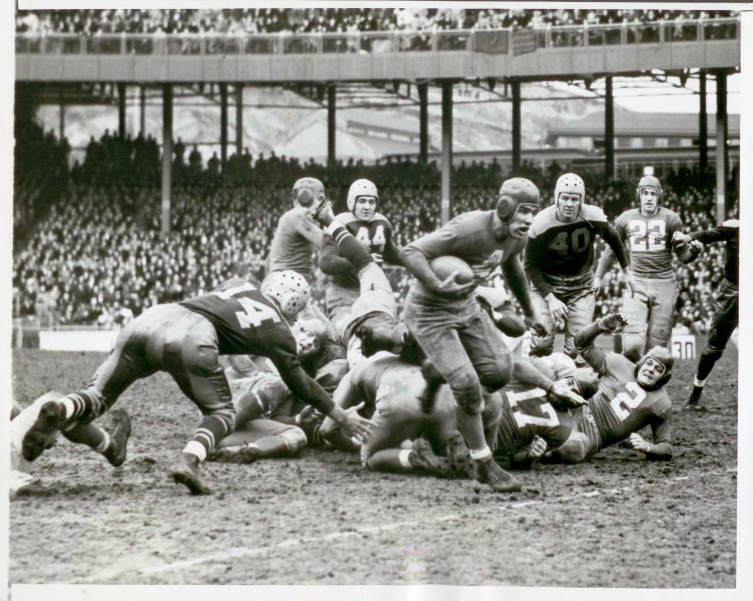 Tuffy Leemans, New York Giants (November 21, 1937)