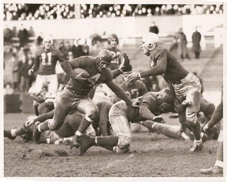Tuffy Leemans (4), New York Giants (November 25, 1937)