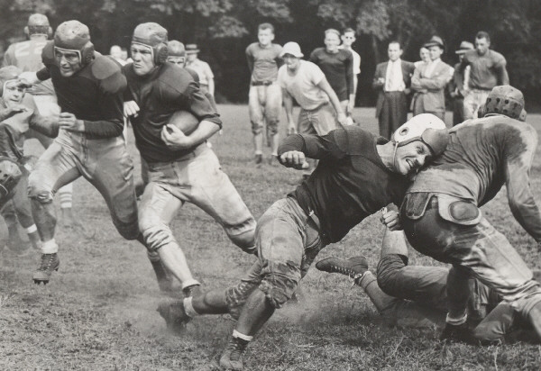 1938 New York Giants Training Camp, Hank Soar with the ball.