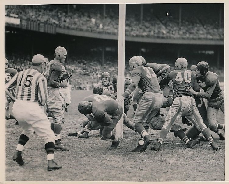 Len Calligaro (2), Boston Yanks at New York Giants (November 5, 1944)
