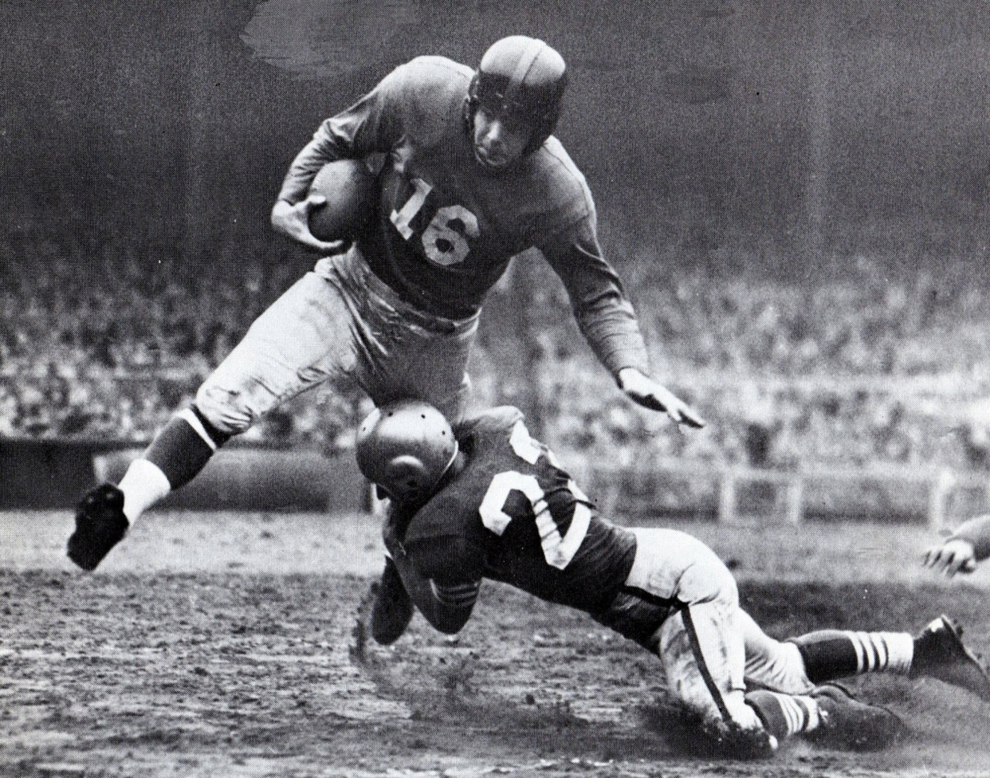 Frank Gifford, New York Giants (November 9, 1952)