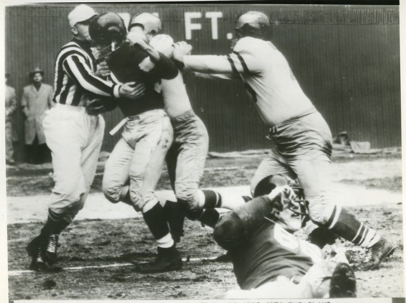 Ken MacAfee, New York Giants (December 12, 1954)
