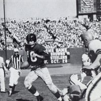 Frank Gifford (16), New York Giants (October 14, 1956)