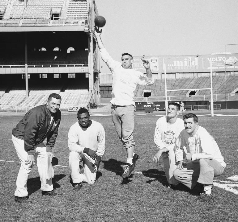 Vince Lombardi, Mel Triplett, Charlie Conerly, Phil King, Alex Webster (1958)