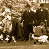 Jimmy Patton (20), Tom Landry, and Jim Lee Howell, New York Giants (November 22, 1959)