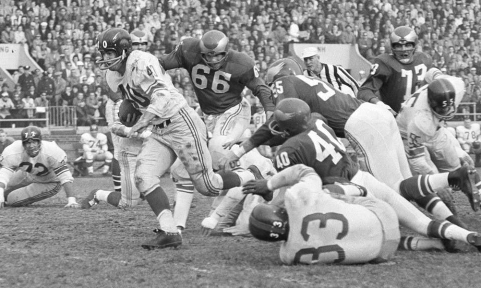Joe Morrison (40), New York Giants (October 4, 1959)