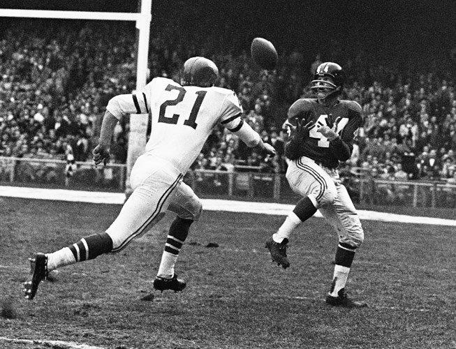 Kyle Rote (44), New York Giants (October 18, 1959)