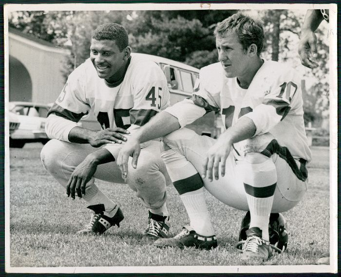 Homer Jones and Fran Tarkenton, New York Giants (1969)