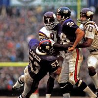 Greg Larson (53) and Bob Tucker (38), New York Giants (October 31, 1971)