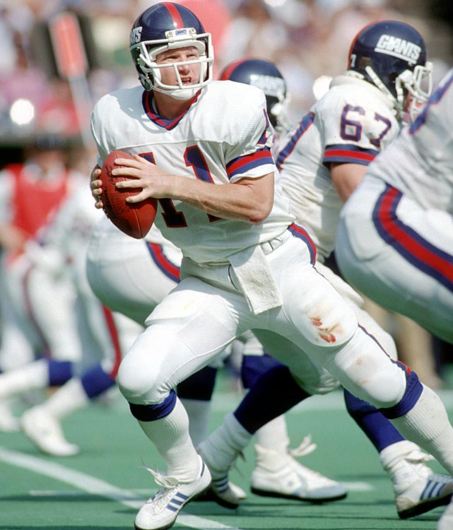Phil Simms, New York Giants (October 13, 1985)