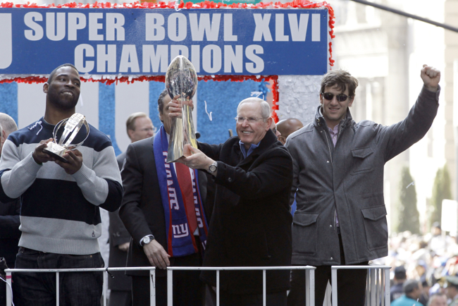 Justin Tuck, Tom Coughlin, and Eli Manning – © USA TODAY Sports Images