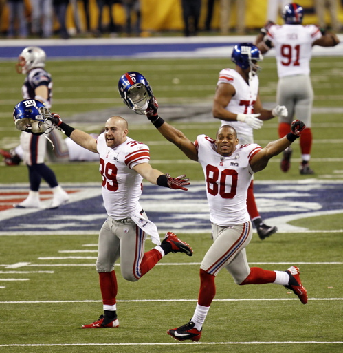 Tyler Sash (39), Victor Cruz (80), New York Giants (February 5, 2012)