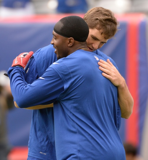 Eli Manning and Hakeem Nicks, New York Giants (September 15, 2013)