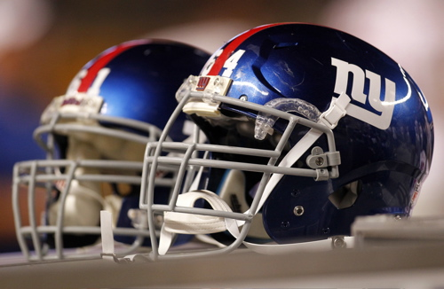 New York Giants Helmets (August 10, 2013)