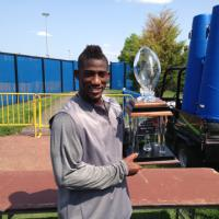 "Antrel Rolle Receives BBI ""Giant of the Year"" Trophy"