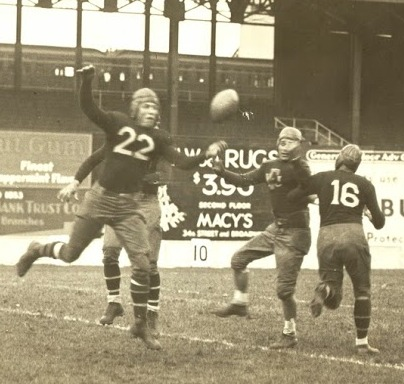 Hap Moran (22), New York Giants (October 19, 1930)