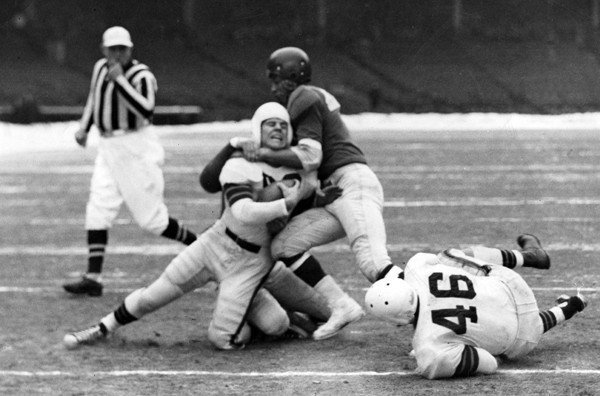 Emlen Tunnell, New York Giants; New York Giants at Cleveland Browns (December 17, 1950)