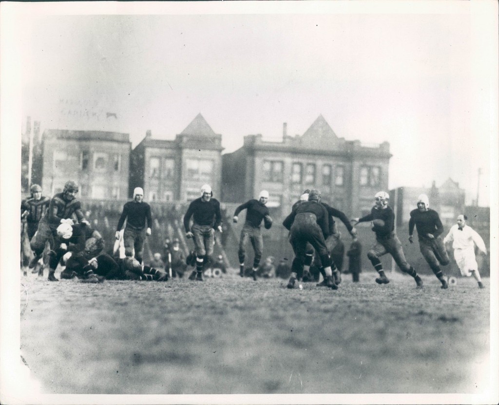 New York Giants at Chicago Bears (December 13, 1925)