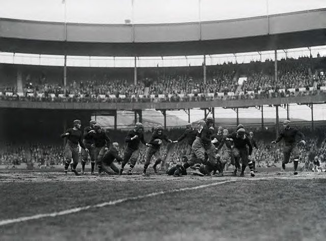 Buffalo Bisons at New York Giants (November 3, 1925)