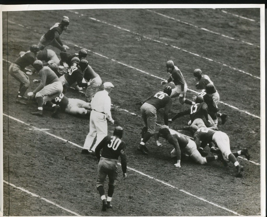 Washington Redskins at New York Giants (November 24, 1940)
