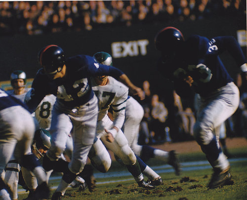 Charlie Conerly (42), Mel Triplett (33), New York Giants (October 28, 1956)