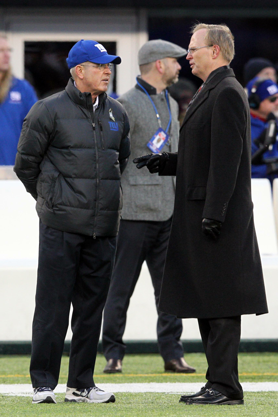 Tom Coughlin, John Mara, New York Giants (November 24, 2013)