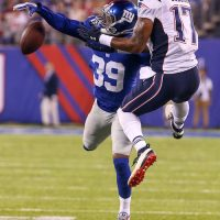 New York Giants Bring Back Michael Hunter