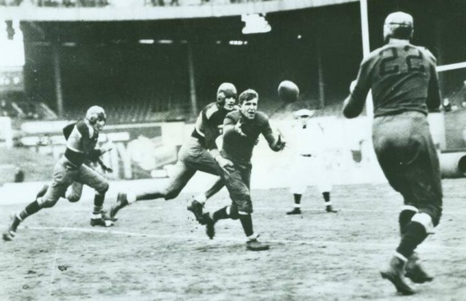 Chicago Bears at New York Giants (November 19, 1933)